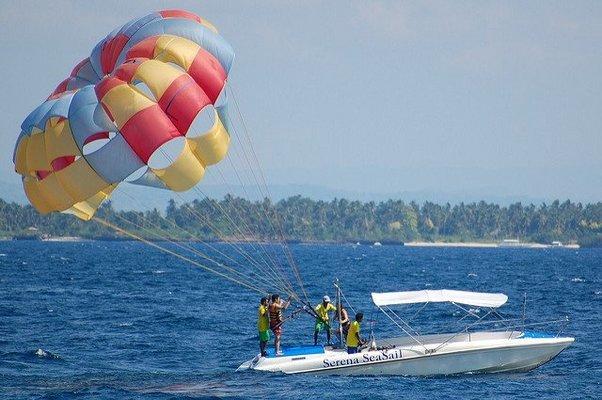 Parasailing in Goa - Tour
