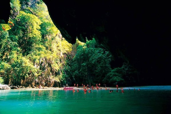 Koh Lanta 4 Island tour with emerald cave by Long tail Boat or speed boat - Tour