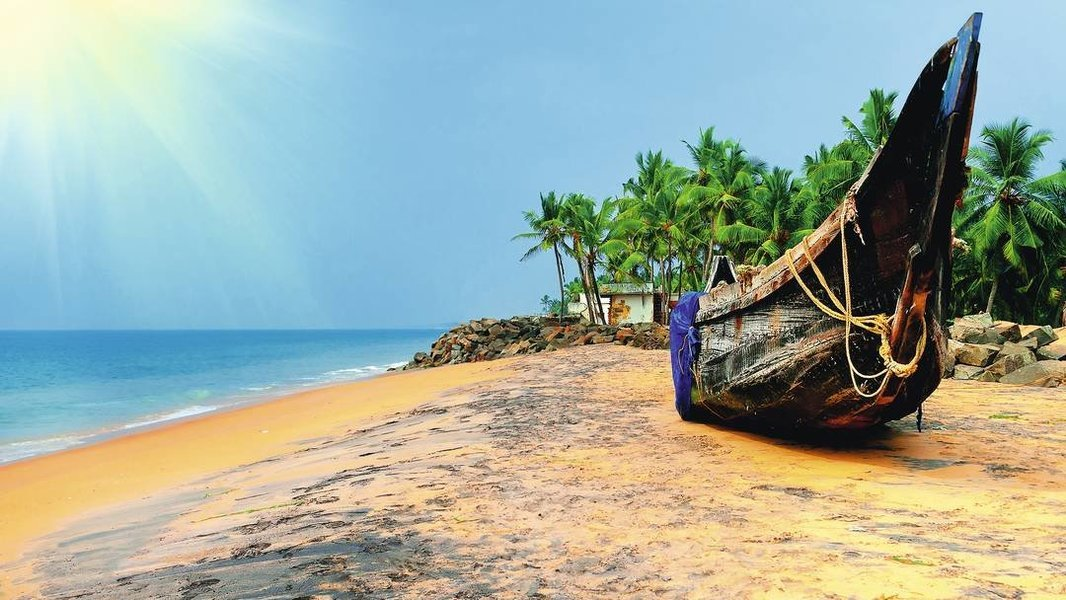Kerala 6 Nights 7 Days 2M/1T/1A/2K - Tour