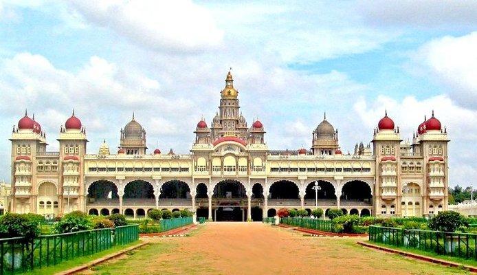 Bangalore - Mysore - Ooty - Kodaikanal - Tour
