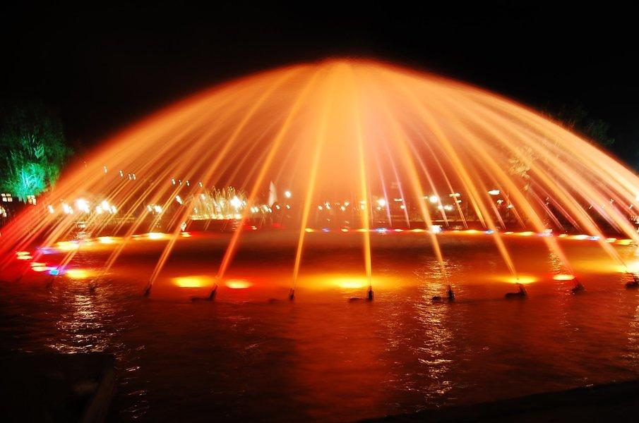 Bangalore - Mysore - Ooty - Kodaikanal - Madurai - Kanyakumari - Kovalam - Tour