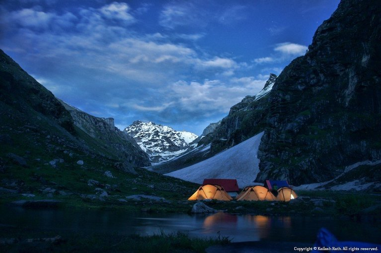 Hampta Pass Trek - Tour