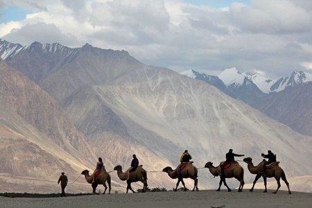 Leh – Ladakh Tour & Adventure (Leh to Srinagar)