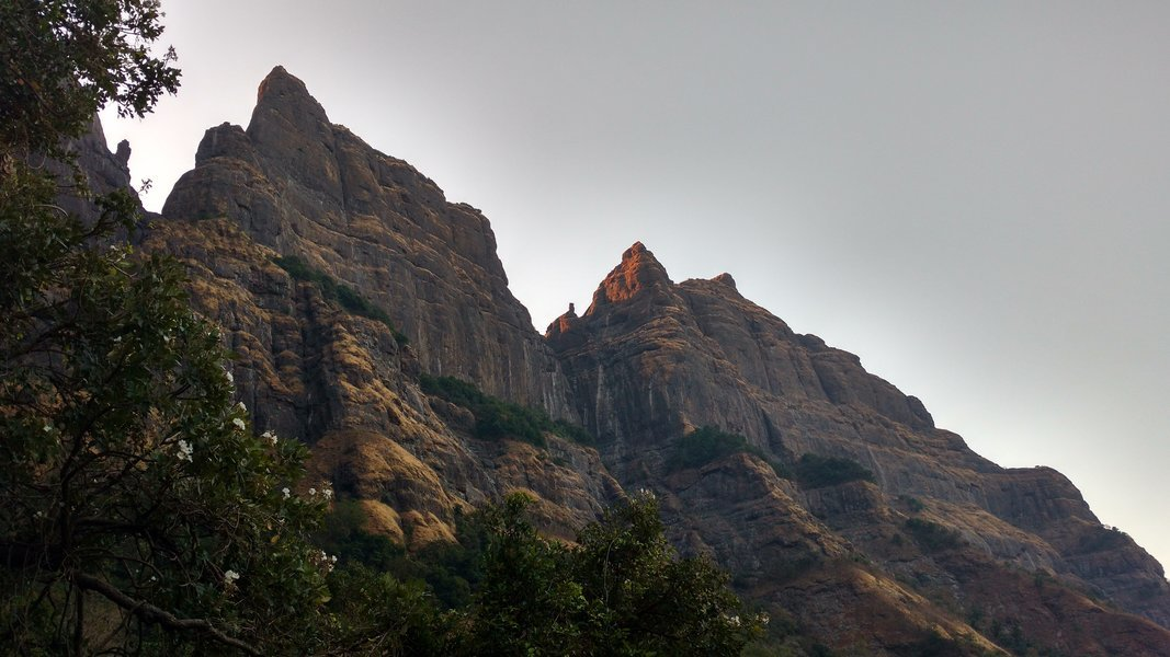 Harishchandragad via Nalichi Vaat - Tour