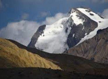 MANIRANG Expedition (6593 m) - Tour