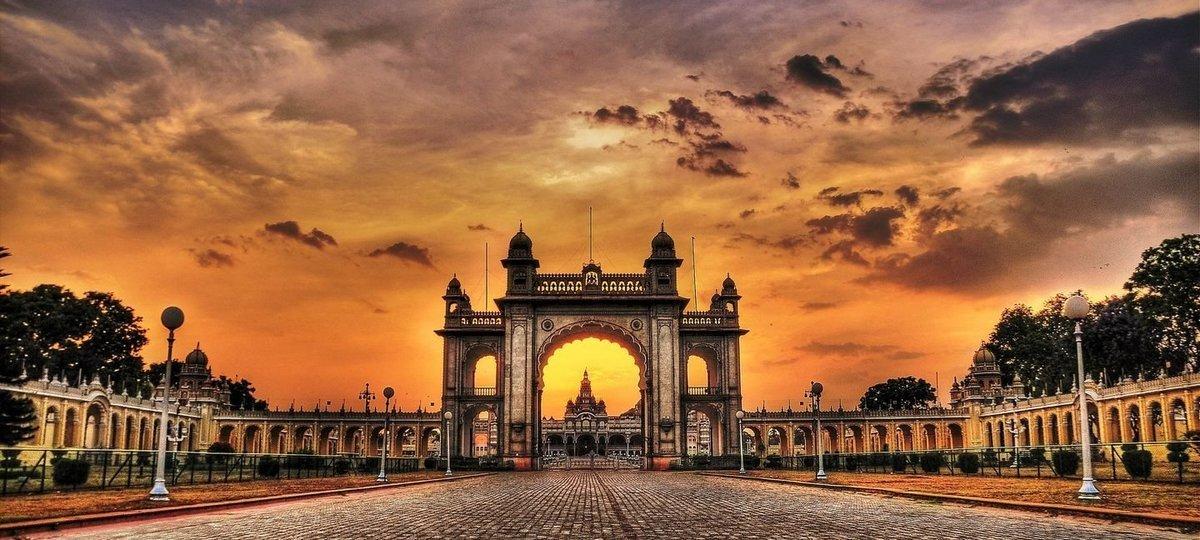 Bangalore, Mysore, Ooty - Kodaikanal Tour - Tour