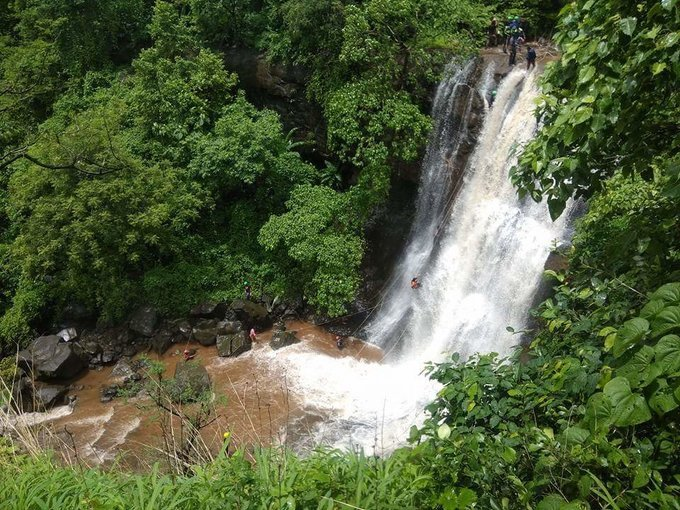 VRangers Bhekre Waterfall Rappelling at Bhivpuri - Tour
