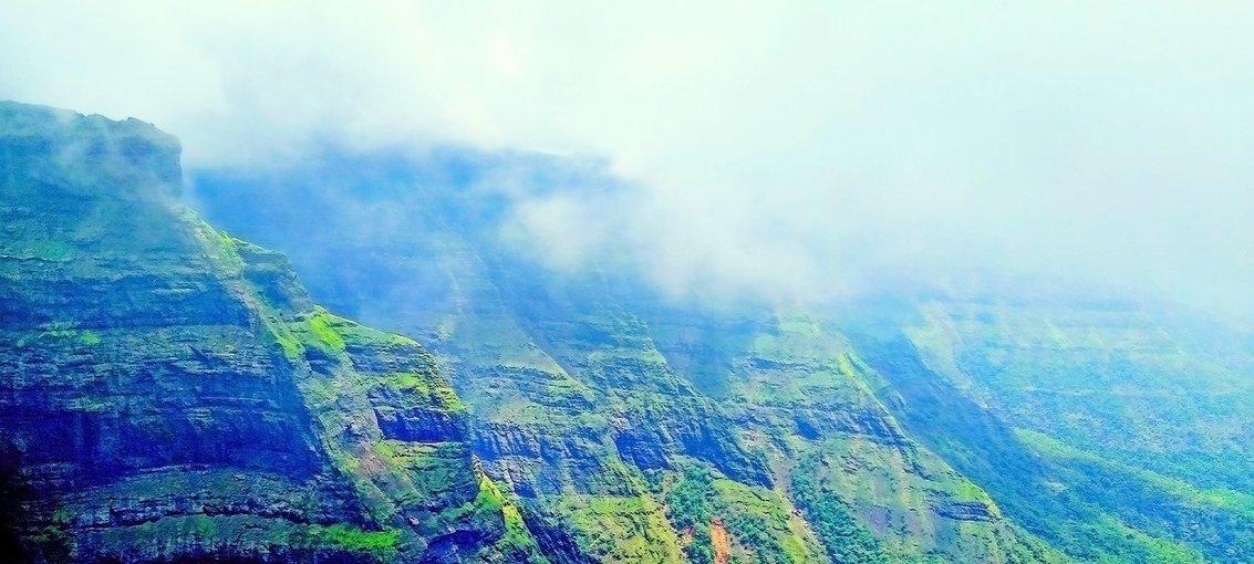 Harishchandra Gad trek Via Khireshwar - Tour