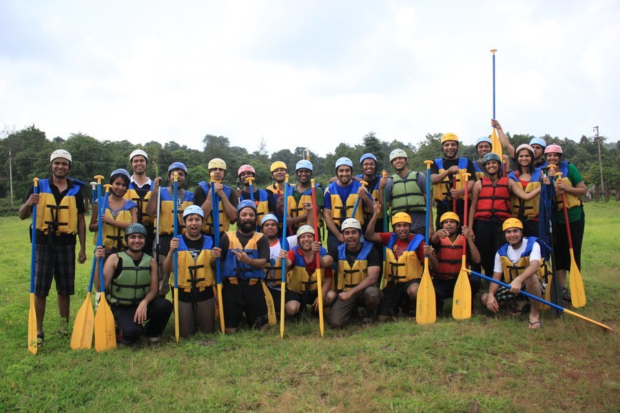 Weekdays   Rafting + Lunch + Activities @ Hans Resorts - Tour