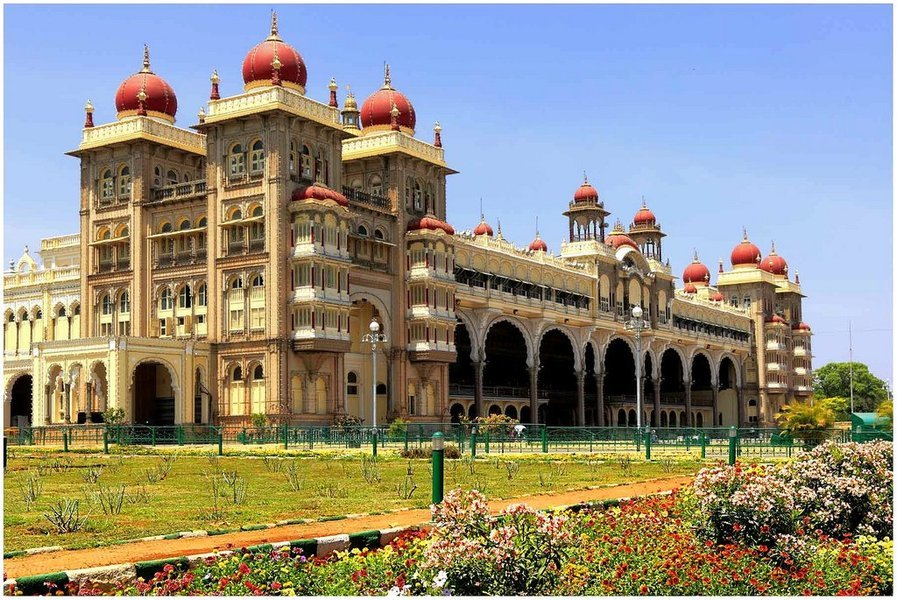 BANGALORE, COORG, MYSORE WITH OOTY - Tour