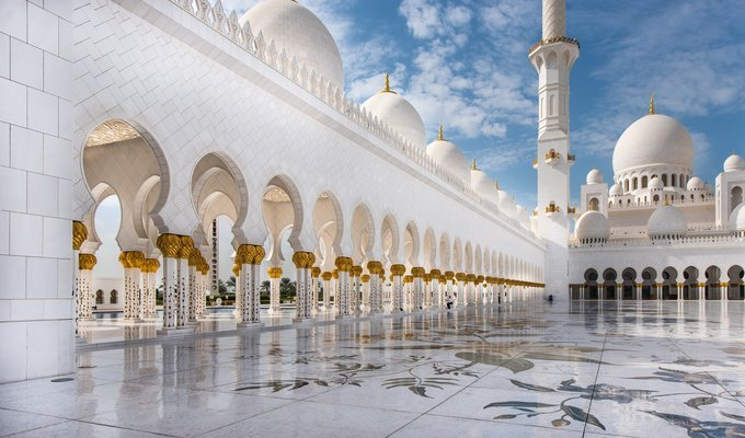 SIMPLY DUBAI WITH ABU DHABI - Tour