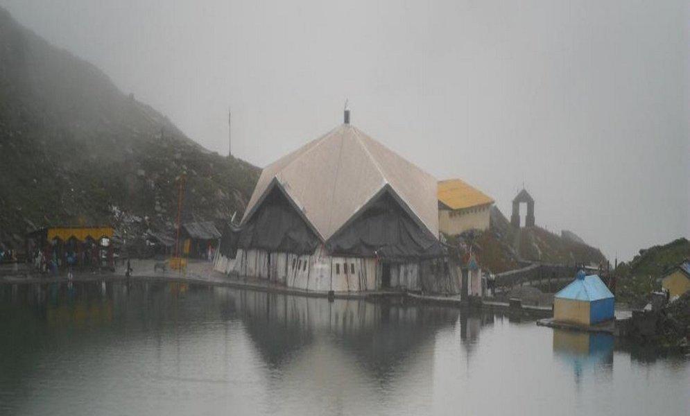 Sri Hemkunt Sahib And Valley Of Flowers - Tour