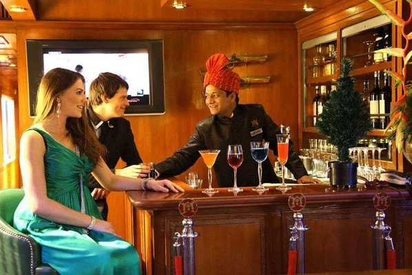 Maharaja's Express Luxury Train -Gems of India- 4 Days Train Package - Tour