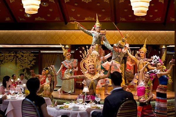 Thai Dinner + Classical Dance Night Tour, Sightseeing in Bangkok - Tour