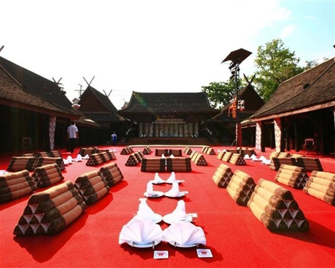 Khantoke Dinner at Old Cultural Centre Tour, Sightseeing in Chiang Mai - Tour