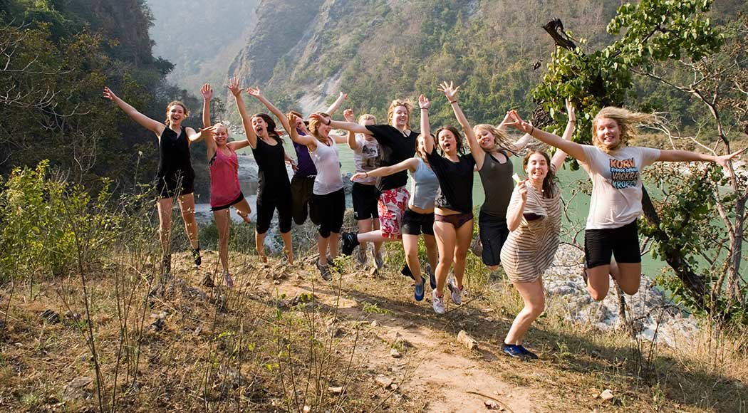 CHANDERSHILA TREK AND 26KM RAFTING FROM RED CHILLI CAMP - Tour