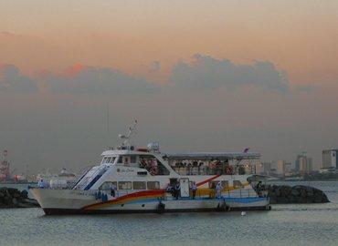 Manila Bay Dinner Cruise, Sightseeing in Manila - Tour