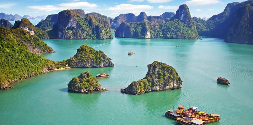 The Wonder of Halong Bay Full Day Tour with Lunch, Sightseeing in Hanoi - Tour