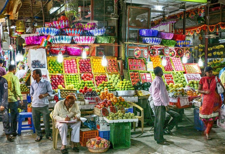 3-Hour Walking Tour of Mumbai Bazaars - Tour