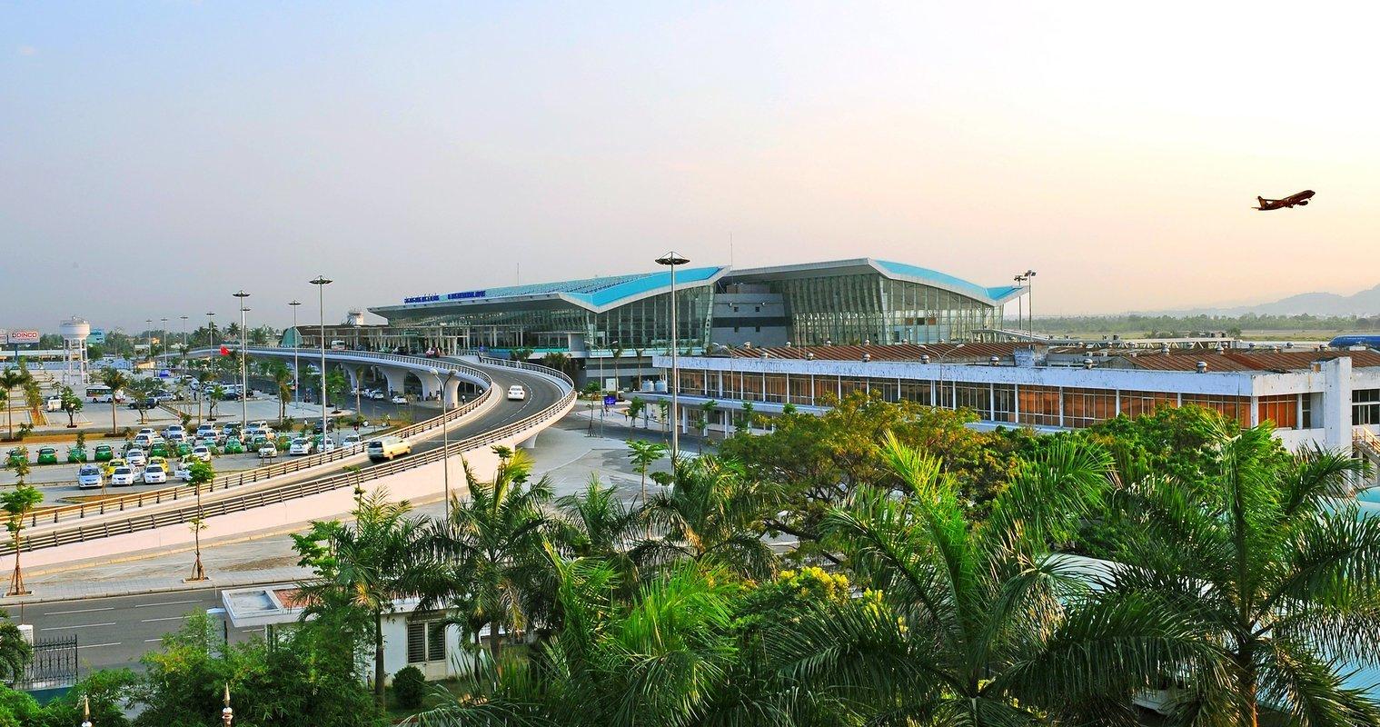 Da Nang Airport Transfers - Collection