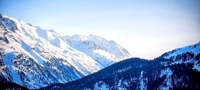 Winter Trek to Brahmatal, Himalaya