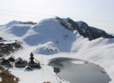 Prashar Lake Trek - Tour
