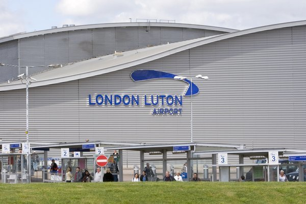 Transfer from Luton Airport to Central London Hotel, Private Airport Transfers in London - Tour