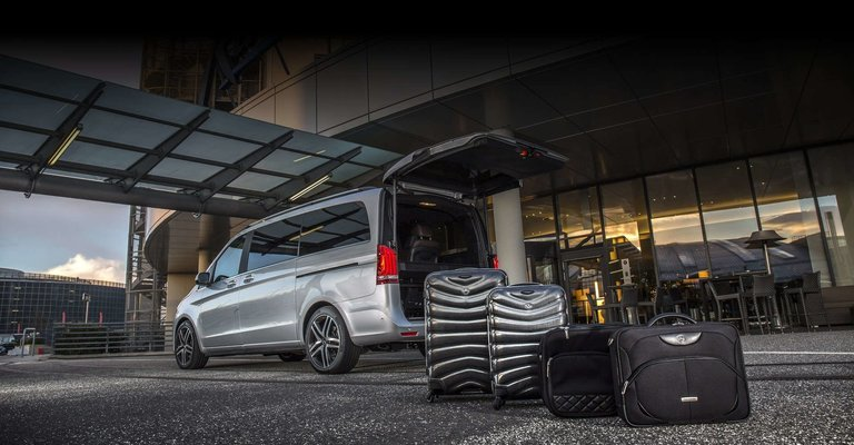 Transfer from Heathrow Airport to Gatwick Airport, Private Airport Transfers in London - Tour