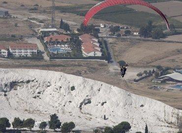 Tandem Paragliding in Pamukkale, Sightseeing in Pamukkale - Tour