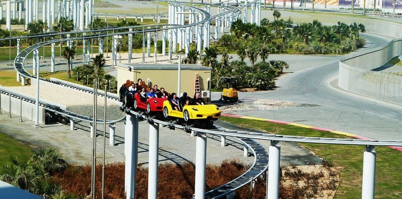 Ferrari World - Tour