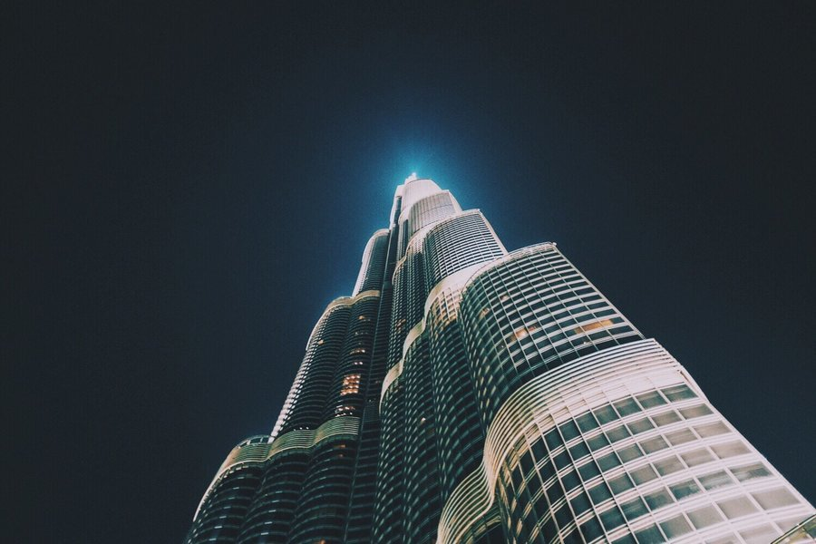 Burj Khalifa & Cafe and Scene of both Day and Night - Tour