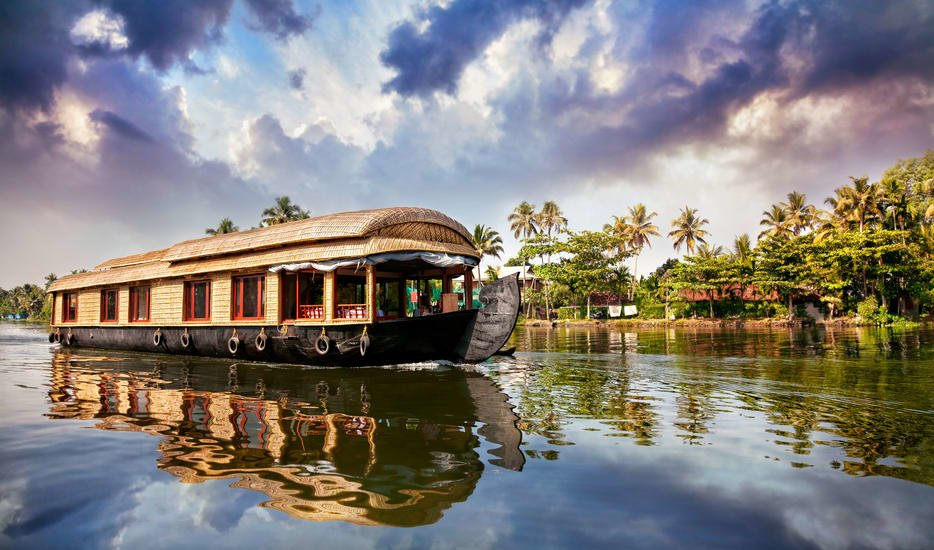 Kerala Hills And Backwater - Tour