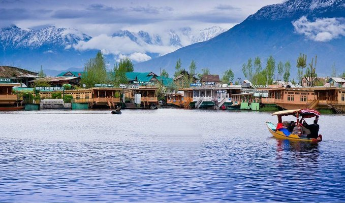 Romantic Trip To Kashmir - Tour