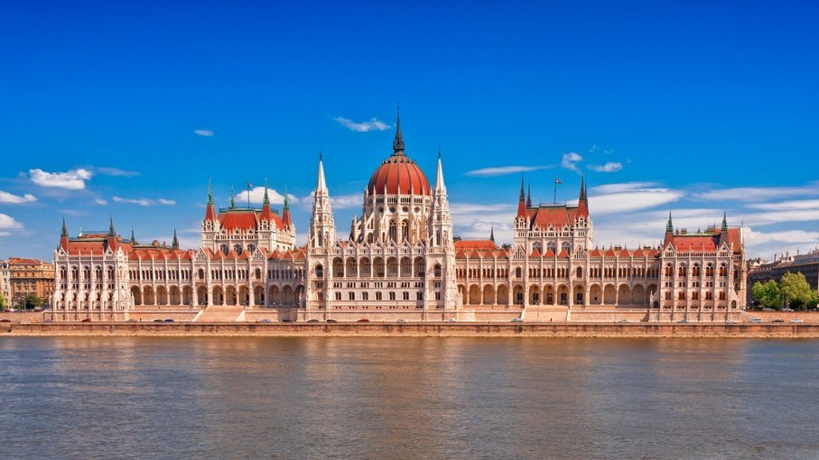 Parliament Tour, Sightseeing in Budapest - Tour