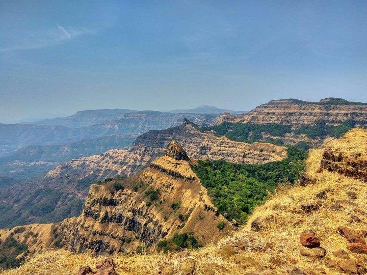 Vasota Fort Trekking and Camping in Kaas - Tour