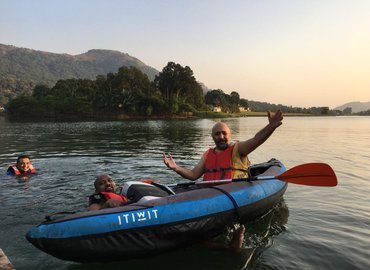 One Day Outing with Kayaking - Tour