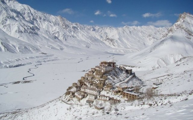 EXPLORE SPITI VALLEY IN WINTERS - Tour