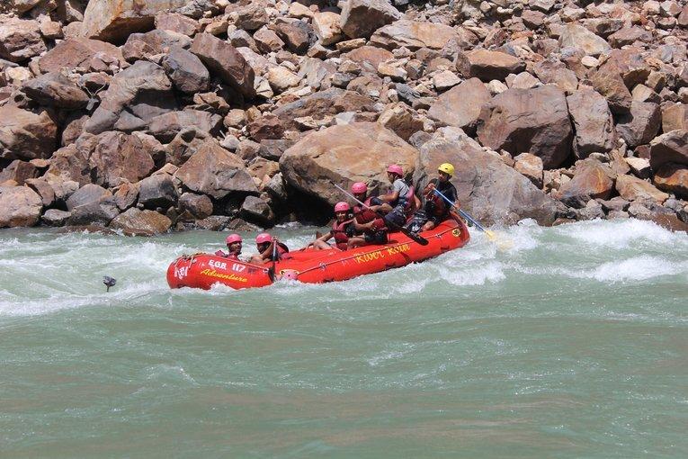 Rishikesh Rafting (18-22 years) - Tour